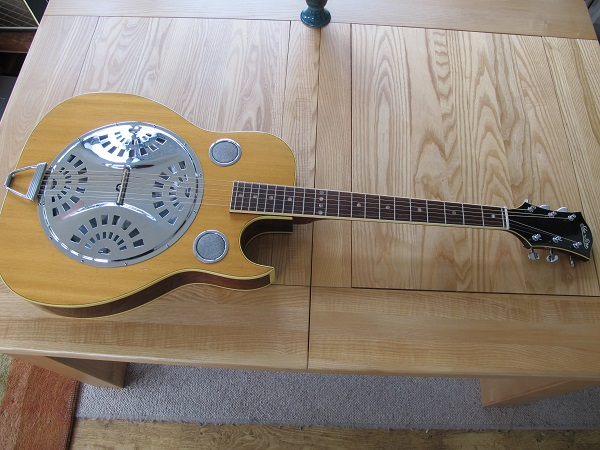 A rare cutaway ShoBro in for a clean-out, set-up and re-string. Resonator/Resophonic repairs are my speciality, let me get yours playing and sounding like it should.
